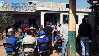 Familiares de policías heridos en Arantepacua acudieron a la CEDH