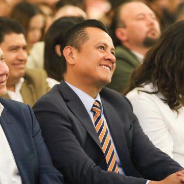 Se acabaron privilegios y sueldazos  de funcionarios: Torres Piña