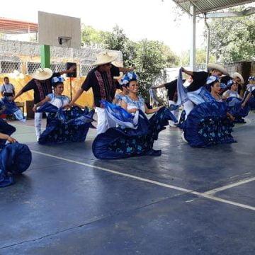 Las casas del estudiante de Antorcha buscan  formar líderes del pueblo: Xóchitl Domínguez