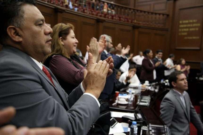 En el combate a la corrupción,  fortaleza de AMLO: Fermín Bernabé