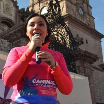 Llama Adriana Hernández a sumarse a  la Caminata de la Discapacidad 2019
