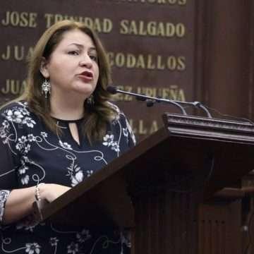 Nuevos impuestos harían daño a la  economía michoacana: Cristina Portillo