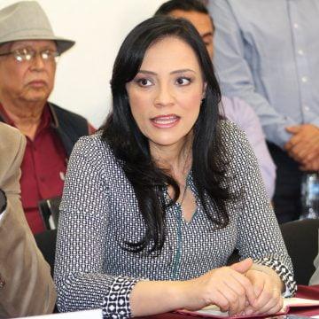 No más multas a quien, por robo o extravío, no cuente  con documentos para circular: Adriana Hernández