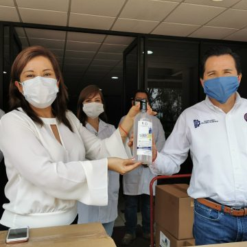 El ITM entrega 10 mil litros  de gel antibacterial al IMSS