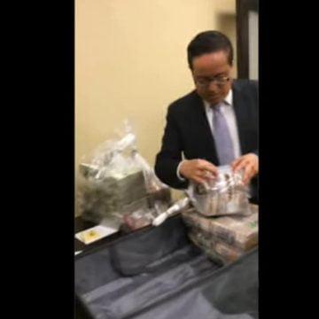 Aparecen videos de panistas recibiendo  billetes de sobornos pagados por Lozoya
