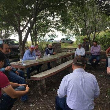 Se reúnen ex -presidentes municipales del Bajío para analizar situación política en Michoacán
