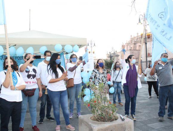 Se manifiestan jóvenes PROVIDA para exigir a  diputados locales se garantice el derecho a vivir