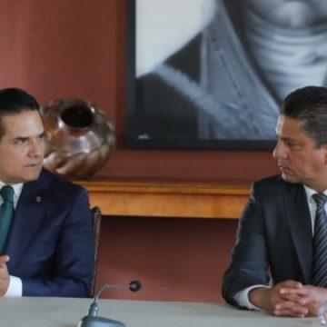 El rector de la UMSNH Raúl Cárdenas Navarro,  se hunde en la mediocridad y sus mentiras