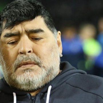 Muere Maradona, uno de los futbolistas más grandes de la historia