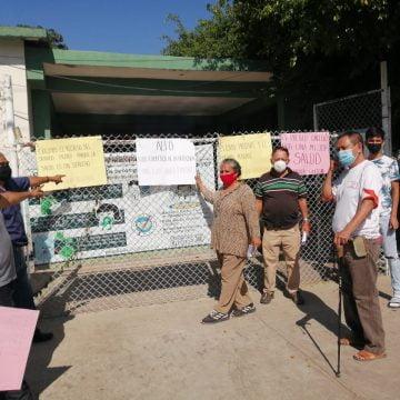 Subdelegada del IMSS Gabriel Zamora, quita servicio médico a trabajadores
