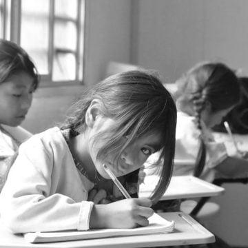 EDUCACIÓN Y DESEMPLEO