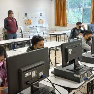 Aplican primer examen de admisión e inician segunda entrega de fichas en el TECNM Ciudad Hidalgo