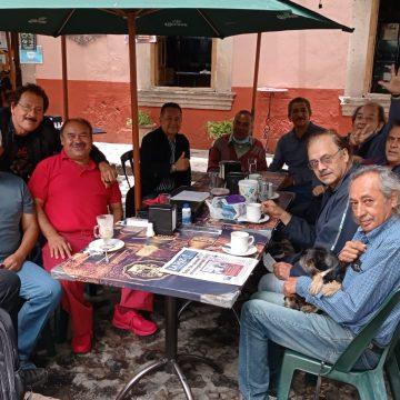 Café del martes en Las Rosas