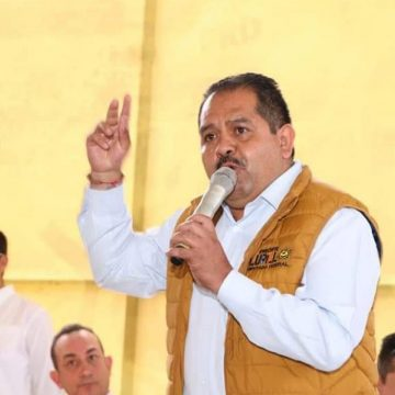 Lupillo Aguilera, se perfila para dirigir al PRD