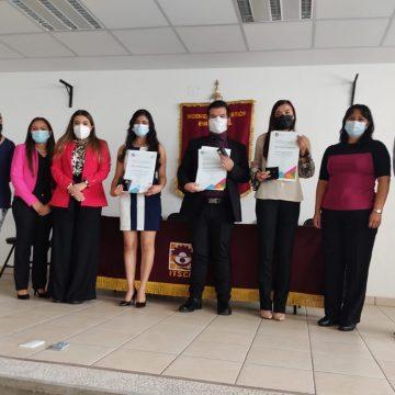Premia CENEVAL a 3 estudiantes del TECNM campus Ciudad Hidalgo