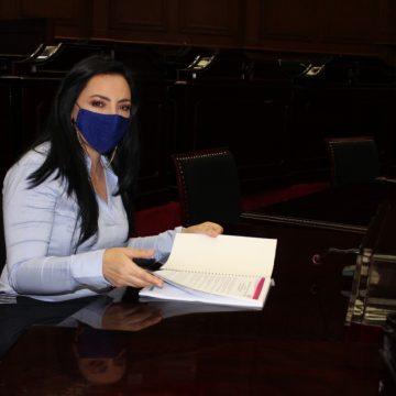 Adriana Hernández refrenda su compromiso de trabajar en beneficio de Michoacán