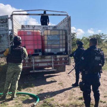 Duro golpe a huachicoleros: SSP les decomisó 5 mil litros de gasolina